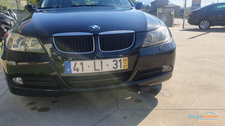 BMW Série 3 - 318